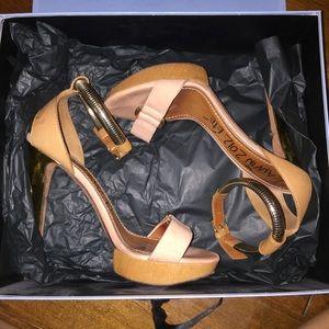 Lanvin Paris brown leather heels!